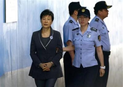 朴槿惠刚被判20年就有望获特赦?青瓦台官员表态