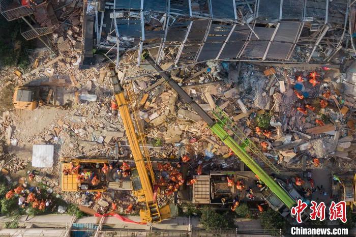 苏州吴江区四季开源酒店辅房坍塌事故失联人员被全部救出 共17人遇难