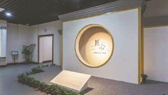 安徽:走近精品展 体会文物的精神价值